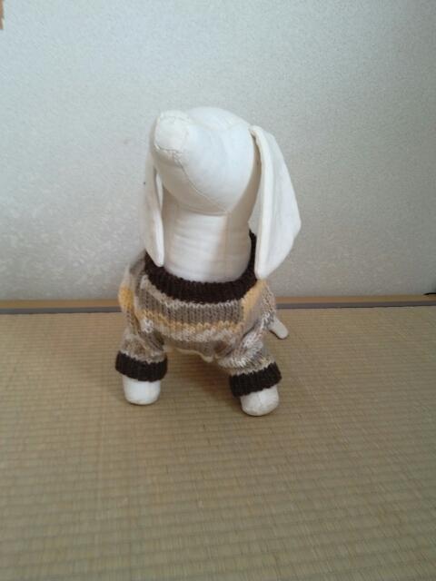 茶系のミックスセーター